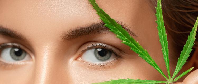 マリファナを吸うと目が赤くなる?充血する原因と対処方法について解説!