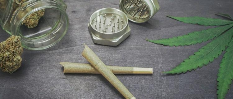 大麻を吸い続けるとどうなる