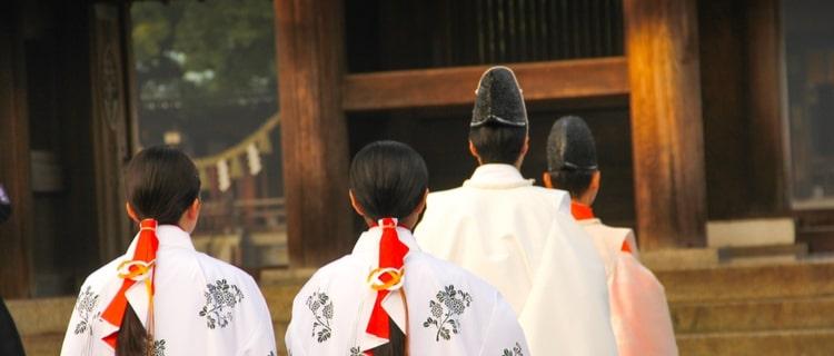 大嘗祭とは日本の天皇が皇位継承に際して行う祭典