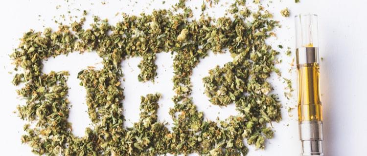 大麻の葉で作られたTHCの文字とVAPE