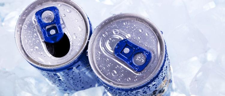 空き缶と開けていない缶