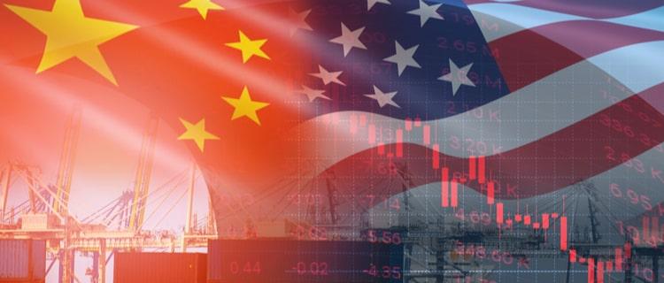 中国とアメリカの国旗